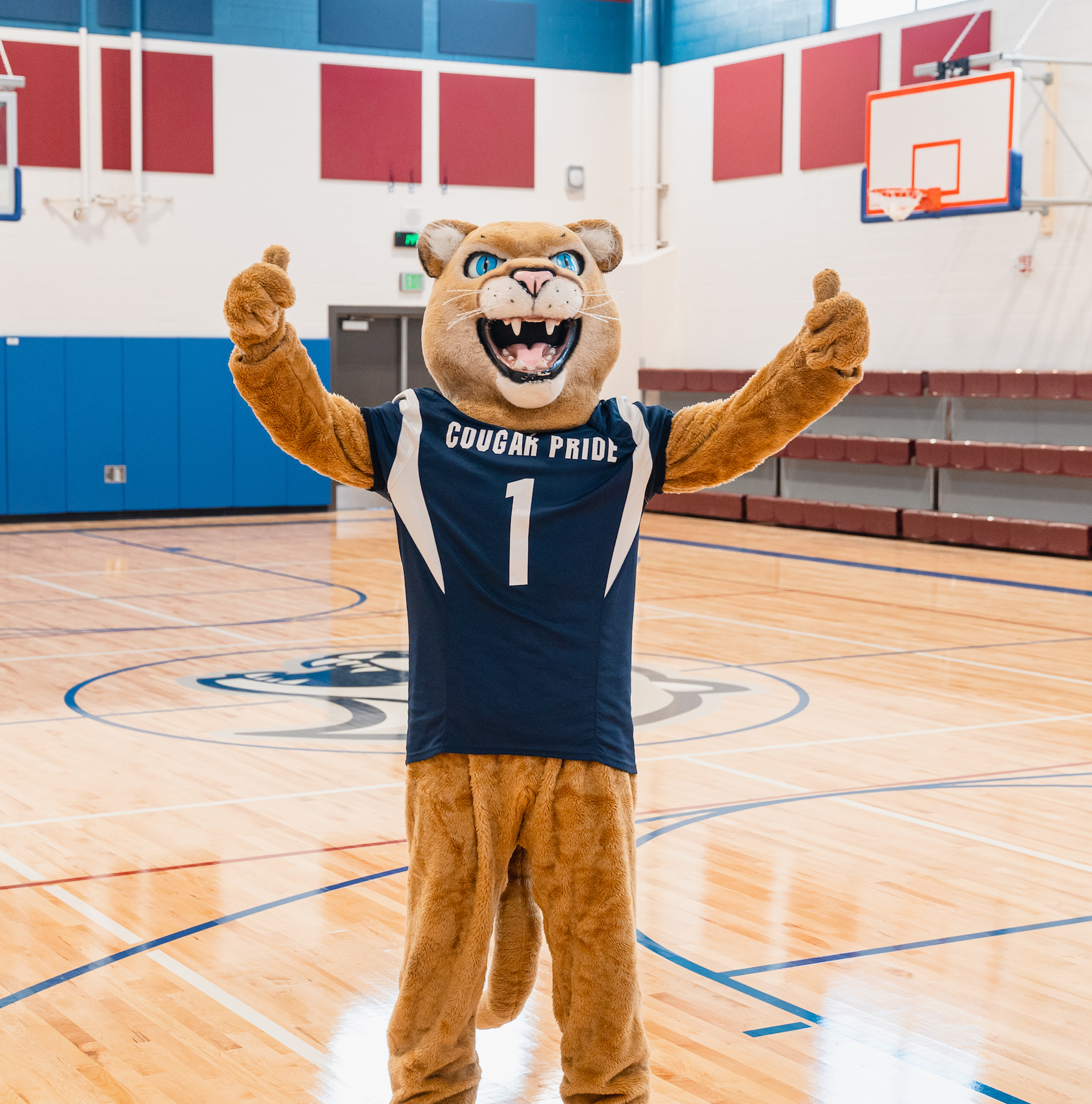 Apple Valley Mascot Welcomes Students